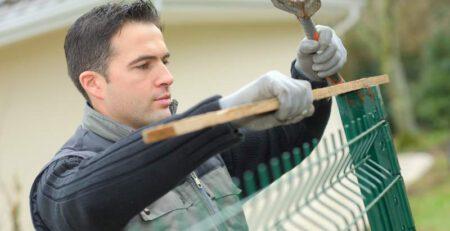 Co ile metrów słupek w ogrodzeniu z siatki paneli